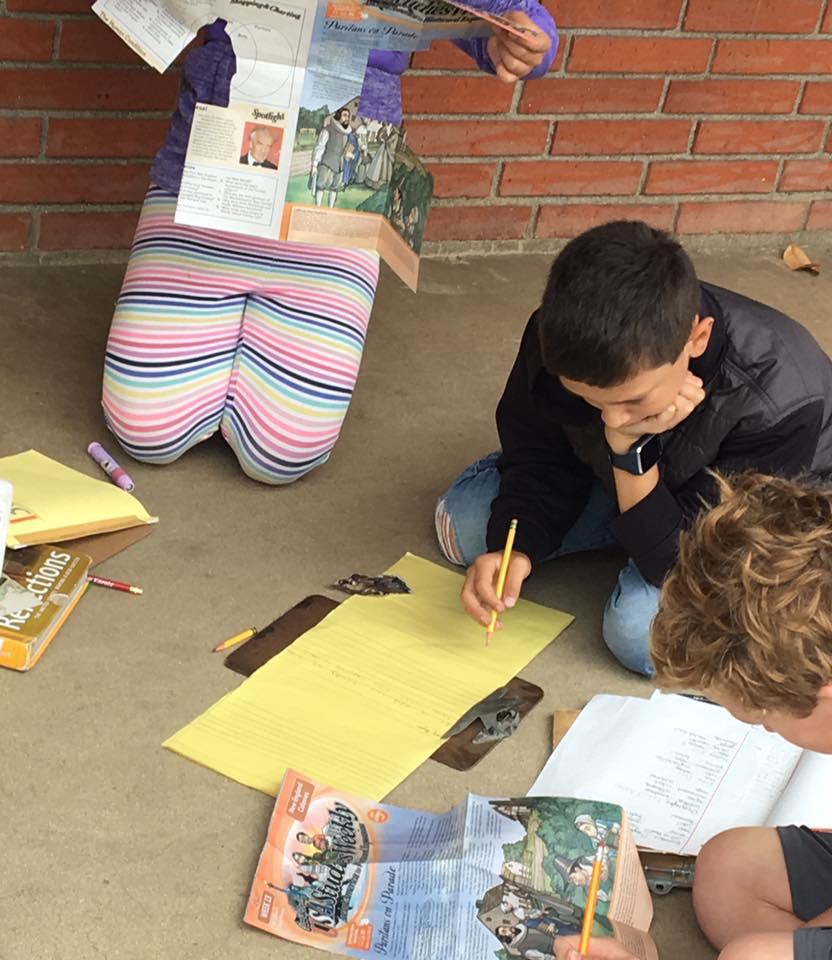 Students using studies weekly